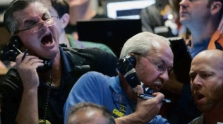 traders panicking Wall Street